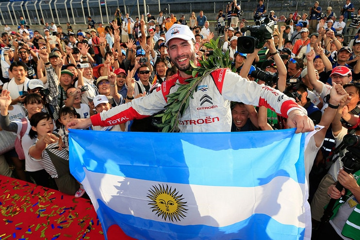 pechito_tricampeon_mundo_citroen.jpg